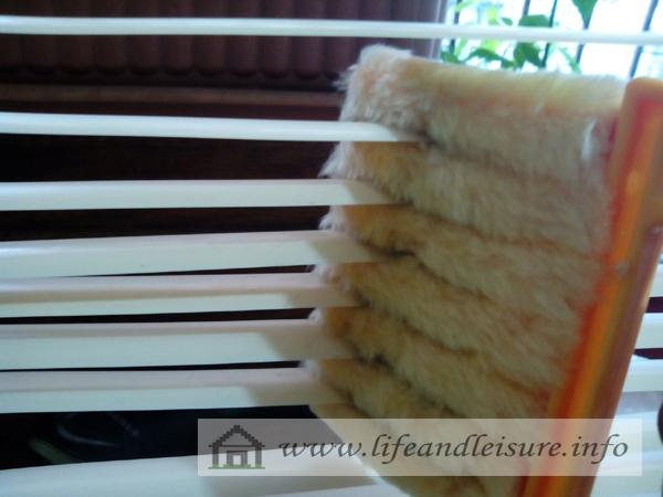 blinds cleaner
