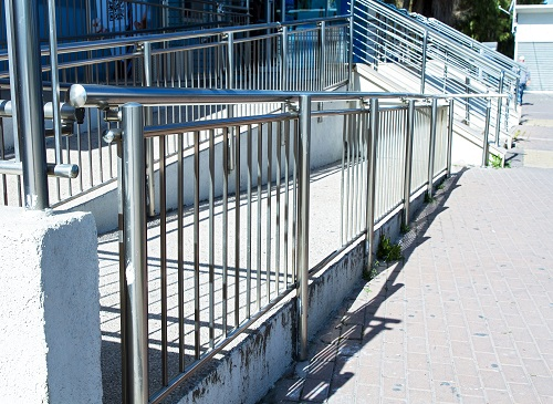 benefits-of-stainless-steel-handrails